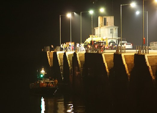 Douglas RNLI recovery at Victoria Pier