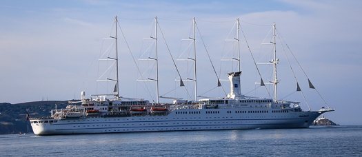 clubmed2cruiseliner
