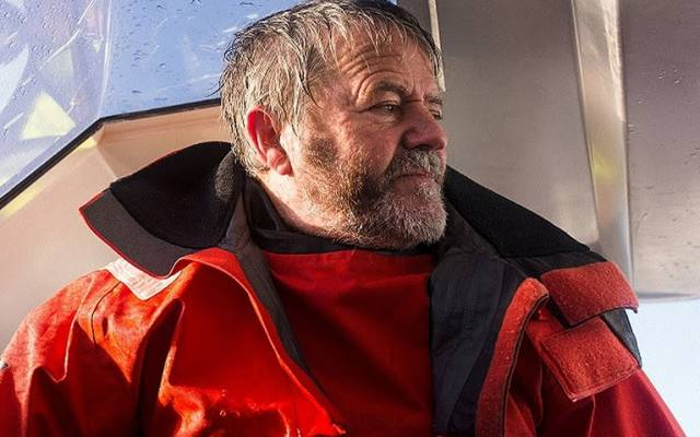 Enda O'Coineen Dismasted, First Irish Vendee Globe Challenge is Over (Update at 1600hrs)